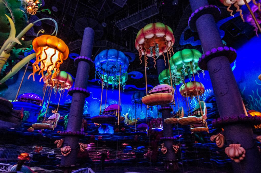 Jumping Jellyfish King Triton's Kingdom TDS
