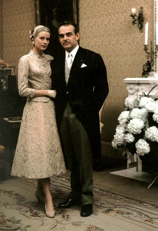 Грейс Келли и принц Ренье. Гражданская церемония бракосочетания, 18 апреля 1956 года.