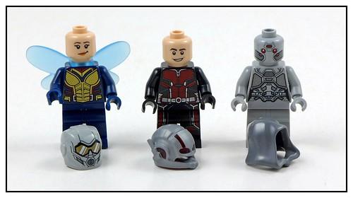 LEGO Marvel Superheroes 76109 Quantum Realm Explorers 13