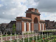 Hazebrouck: Hazebrouck Communal Cemetery (Nord)