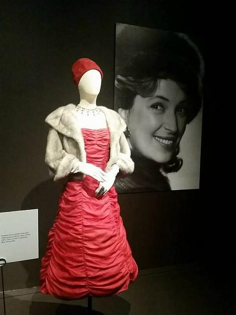 Платье Клары Лучко