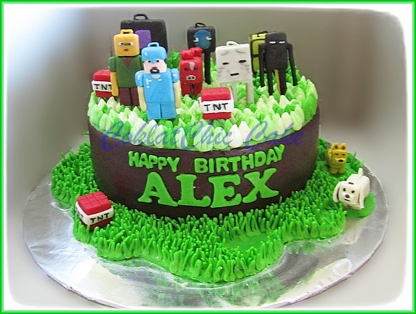 Cake Minecraft ALEX 18 cm