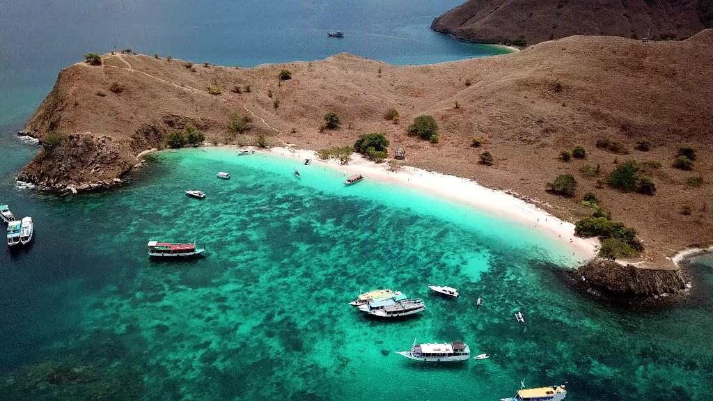 Pink Beach, Komodo Island, Flores