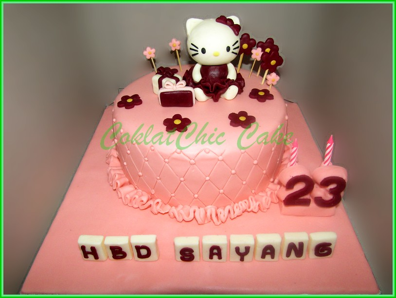 Cake Hello Kitty SAYANG 15 cm