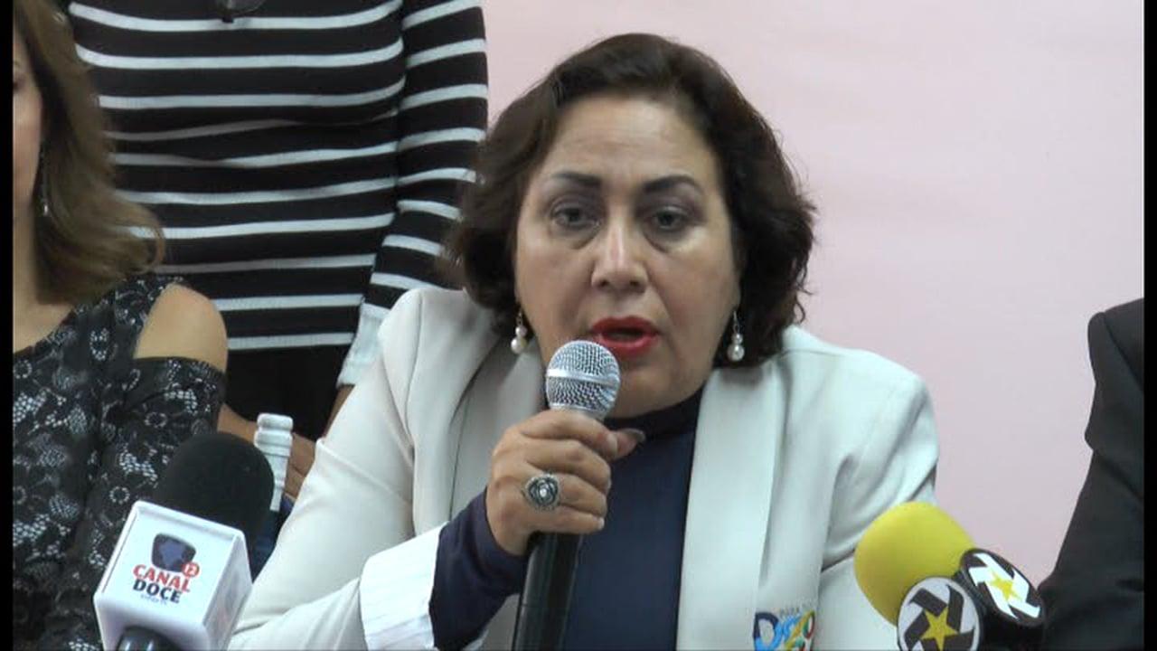 PÁG. 4 (3). Rosario Castro Lozano, como Contralora estatal solo sanconó a empleados de bajo rango que se quedaban dormidos en sus trabajos, pero los peces gordos del sexenio