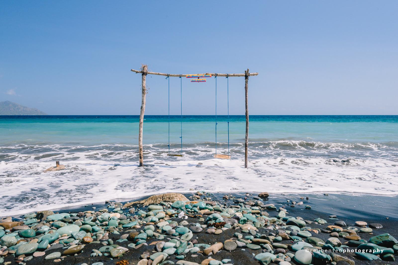 Blue Stone Beach, Flores