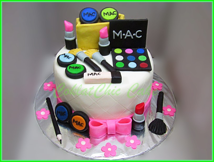 Cake make up cosmetics 15 cm
