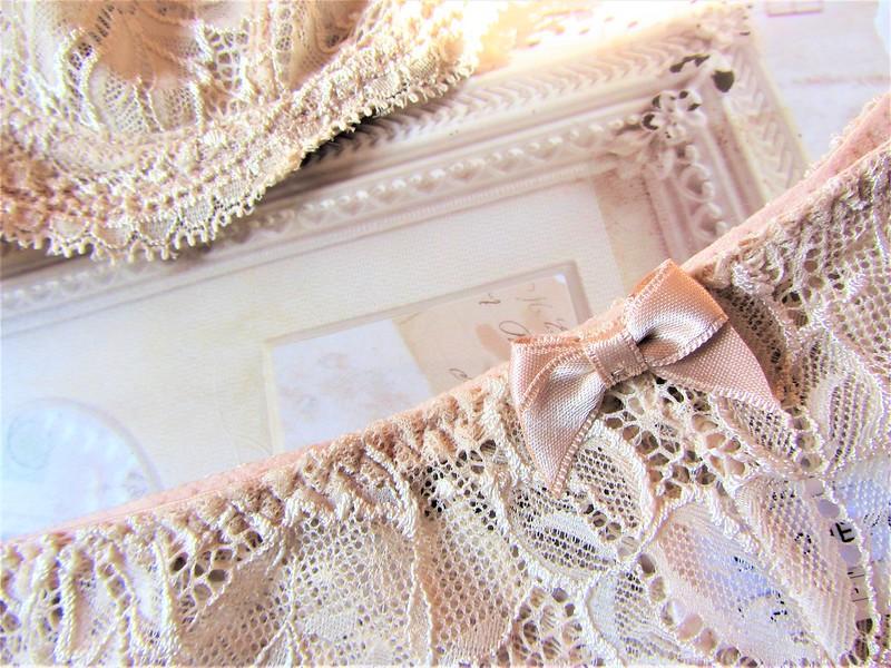 simone-perele-lingerie-beige-rose-thecityandbeauty.wordpress.com-blog-mode-femme-IMG_0601 (3)