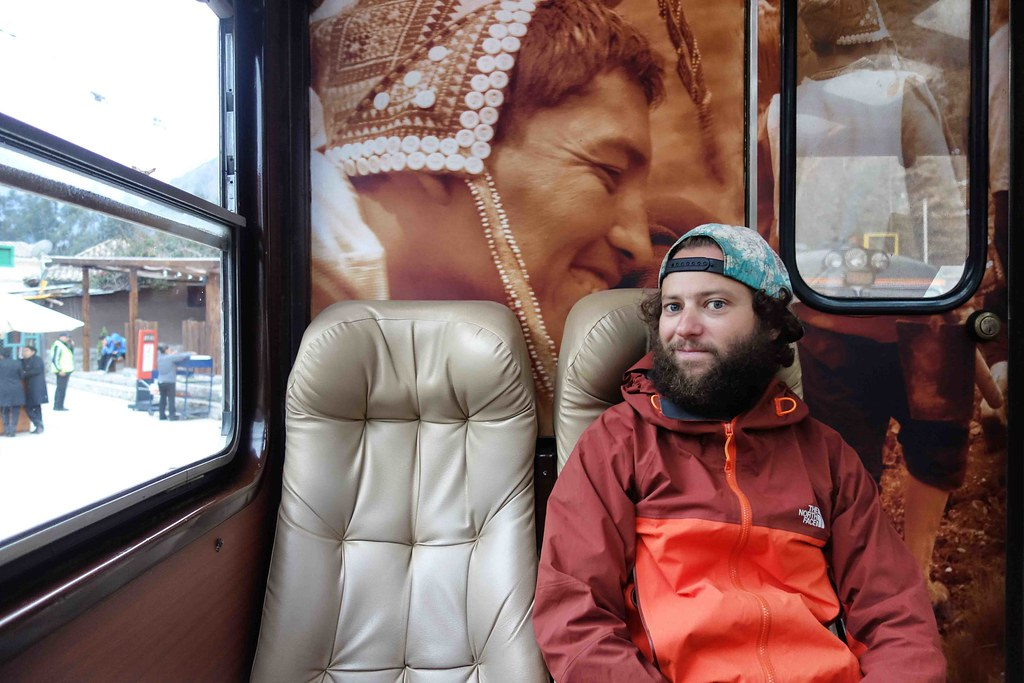 Cuzco - Machu Picchu - Train Ollantaytambo Flo