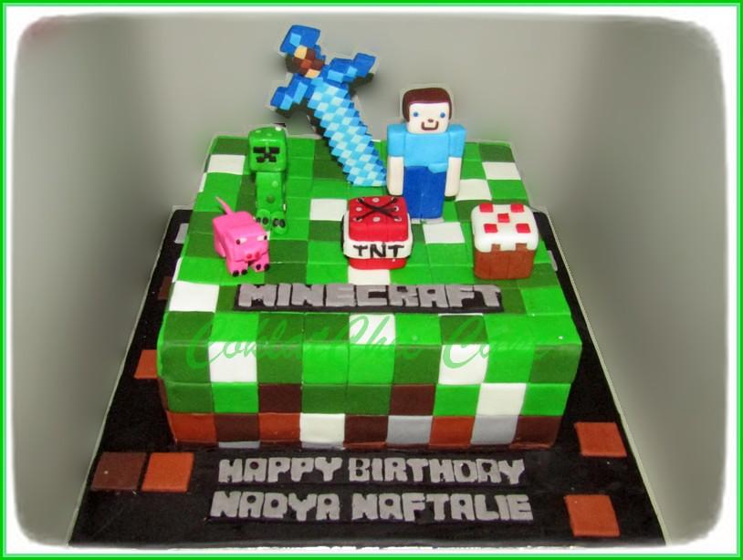 Cake Minecraft NADYA NAFTALIE 20 cm