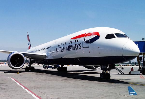 British Airways B787-9 SCL gate (RD)