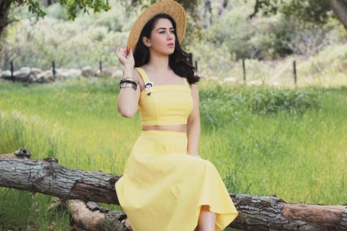 Collectif Vintage Giorgia Plain Top in Yellow Collectif Vintage Matilde Plain Swing Skirt in Yellow Deer Arrow Freddie the Sailor Brooch