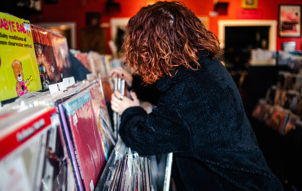 Record Shopping with... Pale Waves