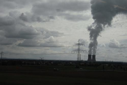 20100902 180 Jakobus Heimfahrt Kraftwerk Rauch Strommast Wolkenunst