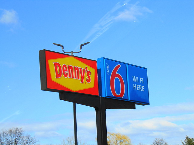 Denny's/Motel 6 (Southington, Connecticut)
