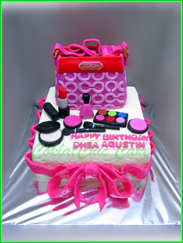 Cake Branded Bag, Shoe d an Cosmetics DHEA 15 cm