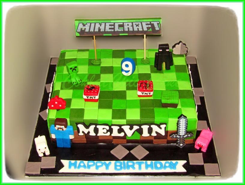 Cake Minecraft MELVIN 24 cm