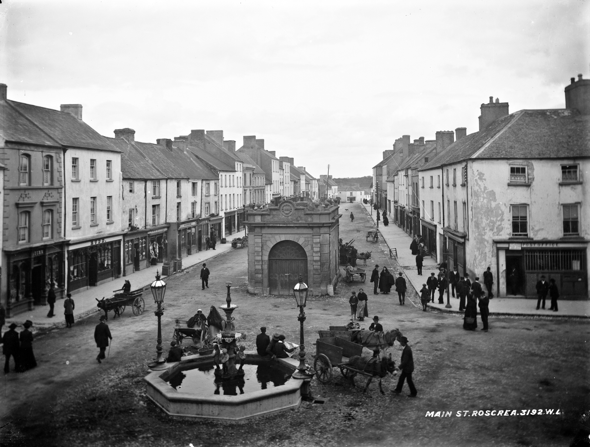 A hive of activity - Main Street, Roscrea, Co. Tipperary
