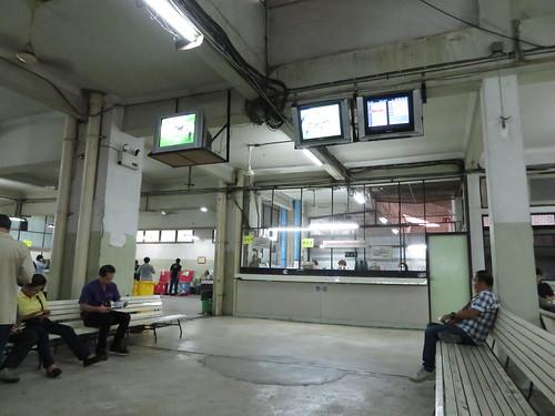 ロイヤルターフクラブ競馬場の1階部分