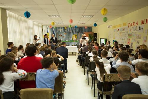 """07.05.2018 Andrian Candu - vizită la școala primară """"Alexandru Donici"""" din Cahul"""