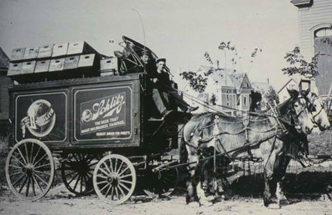 schlitz-beer-wagon