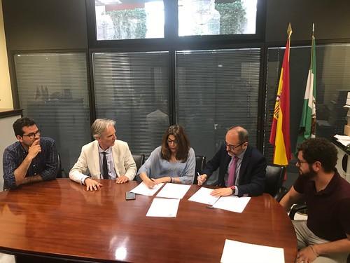 Convenio de colaboración entre FAECTA y el Ayuntamiento de Dos Hermanas
