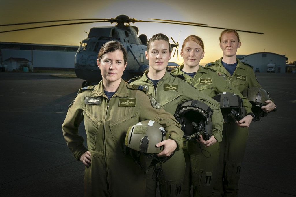 women-in-aviation-week-mar-75-15-008