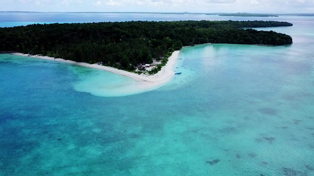 Nai Island, Kei Kecil, Maluku