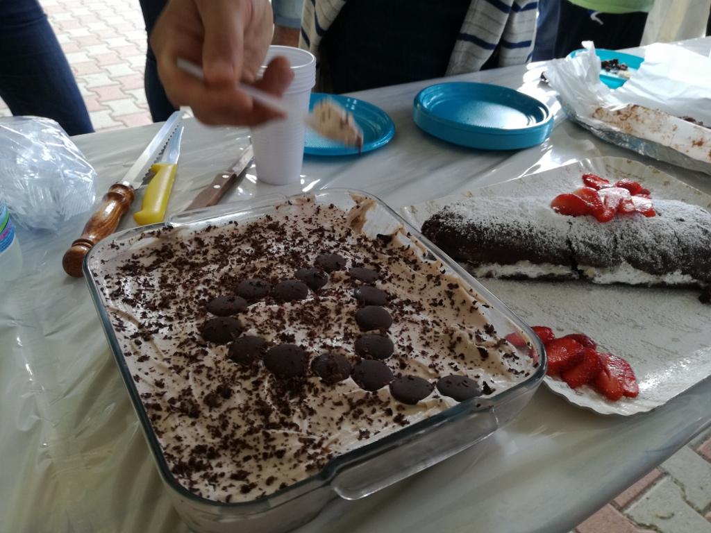 Gara di torte per la Festa della mamma e per Michelino, al San Luigi