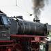 OK's Pics hat ein Foto gepostet:Bahnwelttage 2018 im Eisenbahnmuseum Darmstadt-Kranichsteinwww.bahnwelt.de23 042Bauart: 1'C1'h2Baujahr: 1954Höchstgeschwindigkeit: 110 km/hKuppelraddurchmesser: 1750 mmLeistung: 1785 PSDienstgewicht: 131,8 tHersteller: Henschel