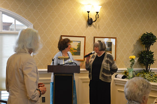 AnnualLuncheon2018_0162: newly elected Club President Kathy Hutchins thanking out-going President F. Begun.