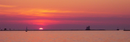 sunset ohio red panorama sailboat lakeerie neo lakecounty breakwall northeastohio fairportharbor fairportbreakwaterlight northeasternohio htprackandmarina