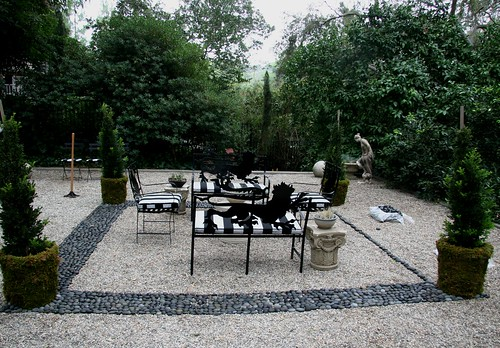 Heather Lenkin garden - pebble mosaic terrace