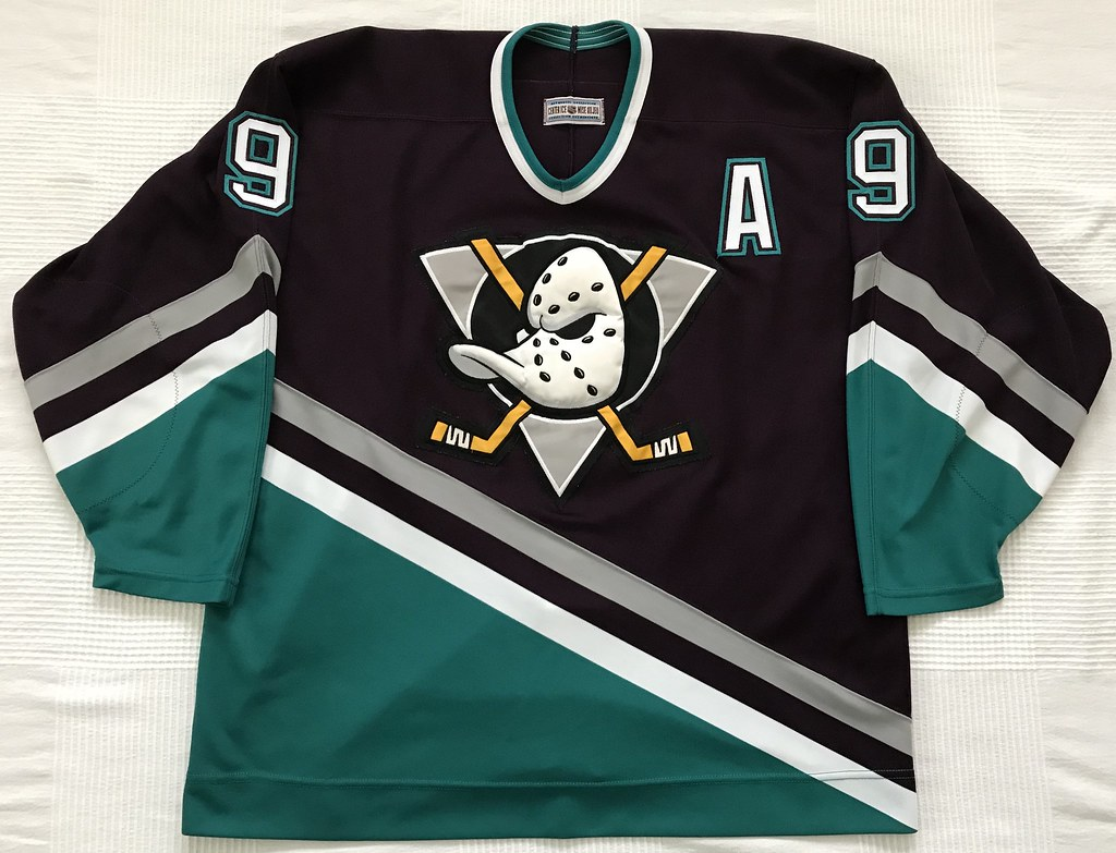 1994-95 Paul Karyia Mighty Ducks of Anaheim Away Jersey Front