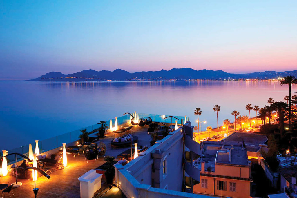 Cannes - The Most Romantic Honeymoon Destinations in Europe (planningforeurope.com) (1)