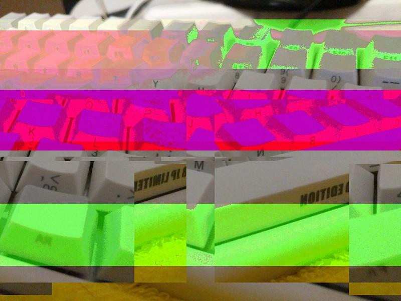glitchr_1524745622000