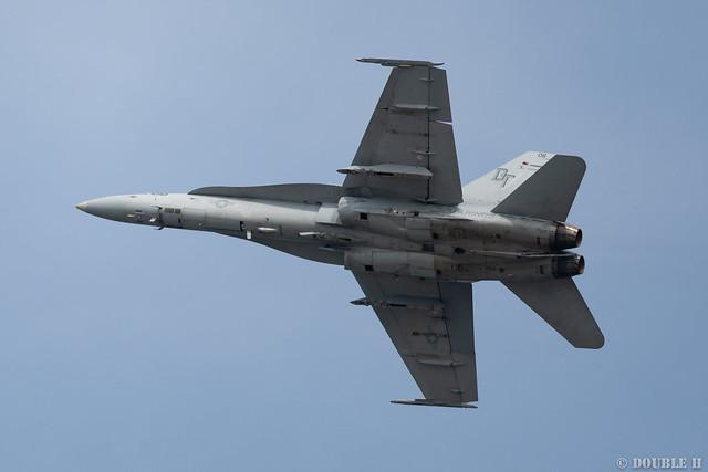 Iwakuni FD 2018 (143) VMFA(AW)-242 F/A-18D DT-06/164953