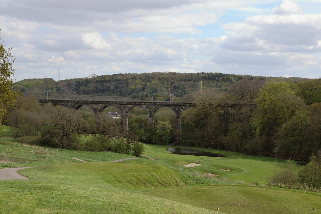 Tong Park viaduct