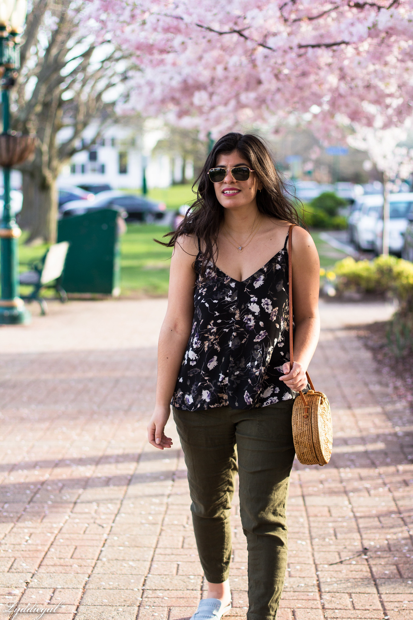 Floral tank, green linen joggers, blue loafers, round straw bag-17.jpg