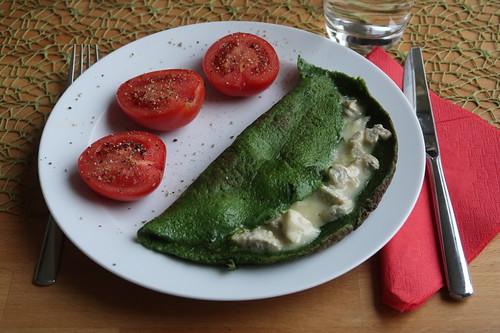 Spinatomelett mit Gorgonzola und Tomaten