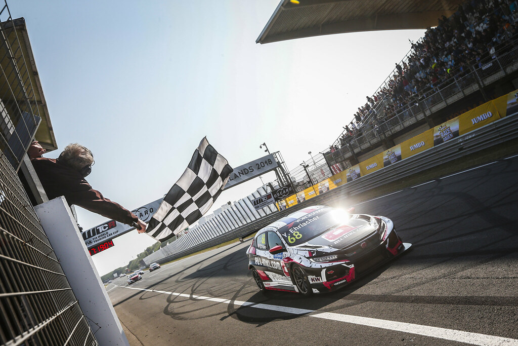 68 EHRLACHER Yann, (fra), Honda Civic TCR team ALL-INKL.COM Munnich Motorsport, action victory line, finish flag during the 2018 FIA WTCR World Touring Car cup of Zandvoort, Netherlands from May 19 to 21 - Photo Jean Michel Le Meur / DPPI
