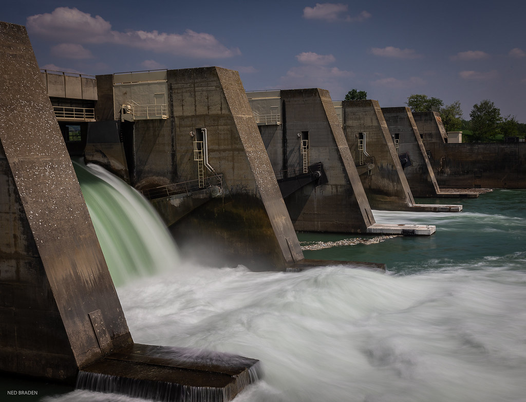 barrage de st pierre de boeuf (pose longue ) 41908948831_1f1abd1fb7_b