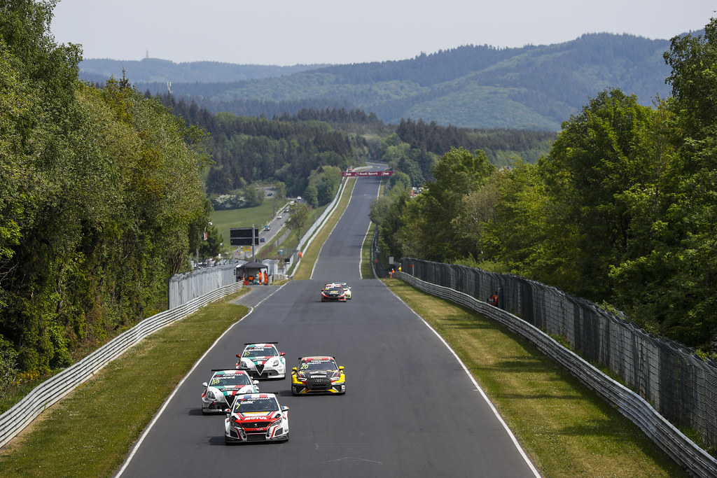 07 COMTE Aurelien (FRA), DG Sport Competition, PEUGEOT 308TCR, 88 GIOVANARDI Fabrizio (ITA), Team Mulsanne, Alfa Romeo Giulietta TCR, 20 DUPONT Denis (BEL), Comtoyou Racing, Audi RS3 LMS, action during the 2018 FIA WTCR World Touring Car cup of Nurburgring, Nordschleife, Germany from May 10 to 12 - Photo Florent Gooden / DPPI