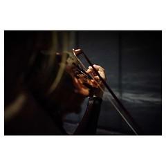 Lexi warms up II, Bari . #xpro2 #fujixpro2 #fujifeed #fujifilm #fujilove #myfujilove #fujifilm_xseries #fujifilmusa #fujifilmnordic #fujifilmme #fujifilm_uk #twitter #geoffroyschied #35mmofmusic #bari #italy #backstage #violinist #warmup #stage #style #po