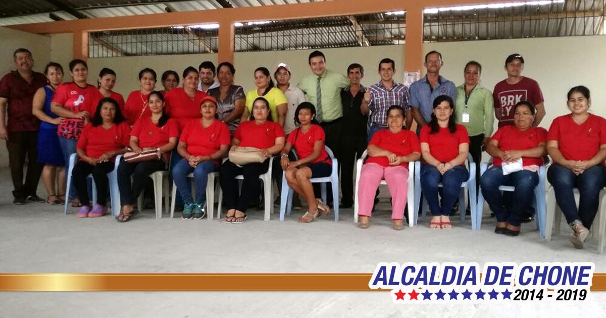 Inauguran Taller de Corte y Confección en Comuna Menos Pensado parroquia San Antonio