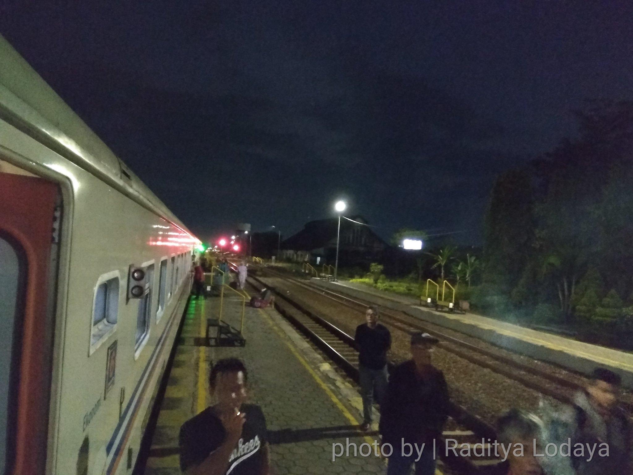 11 TRIP REPORT KERETA API JAYABAYA 3(TEGAL CEPU) - STASIUN WELERI 4