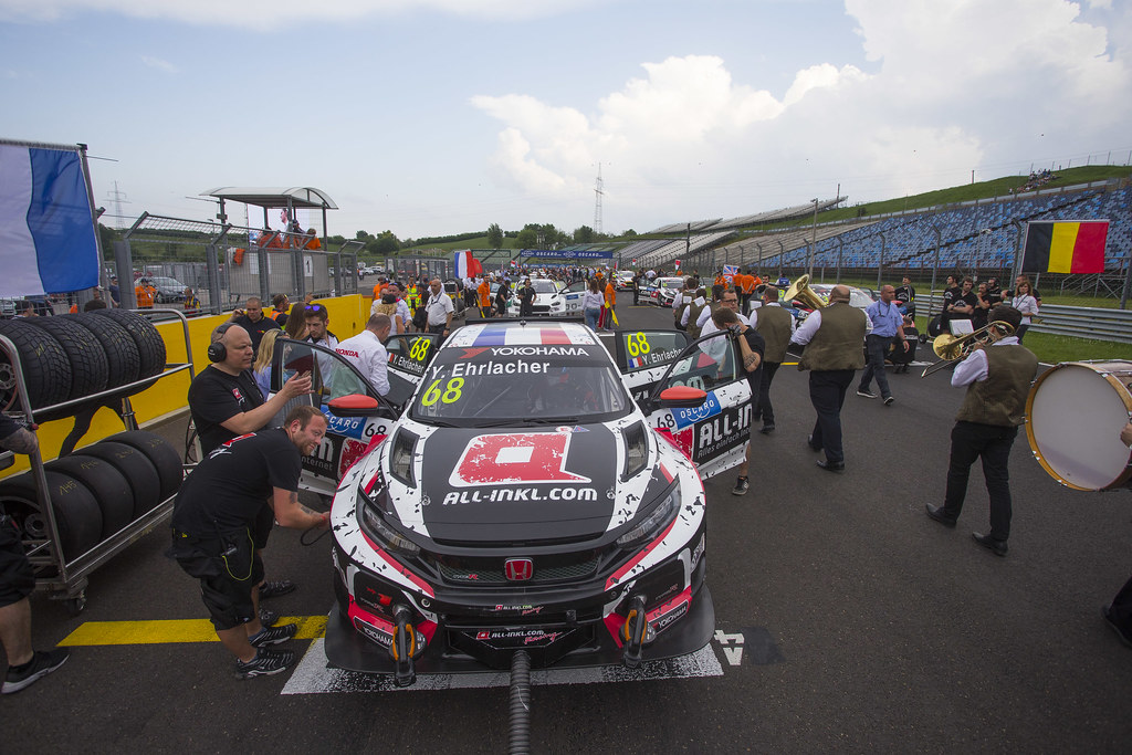 68 ERLACHER Yann (FRA), ALL-INKL.COM Munnich Motorsport, Honda Civic TCR, action grille de depart starting grid during the 2018 FIA WTCR World Touring Car cup, Race of Hungary at hungaroring, Budapest from april 27 to 29 - Photo Gregory Lenormand / DPPI