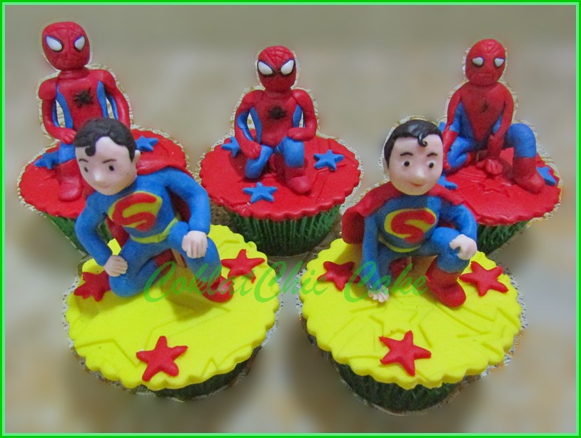 Cupcake Superman dan Spiderman