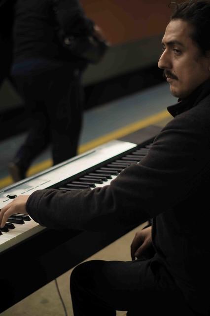 Intervención piano Biotren