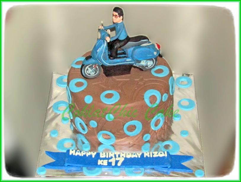 Cake Vespa RIZQI 15 cm